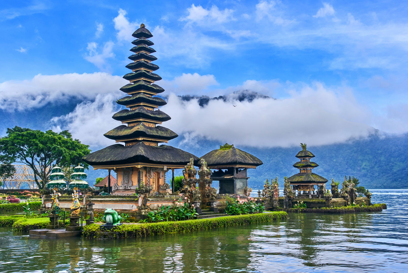 'We should do something or the island will be empty': Criminal Code threatens Bali tourism ...